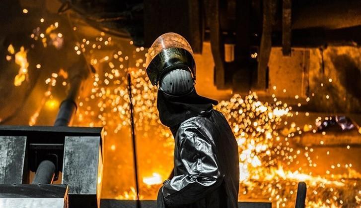 Ana Metal Sanayii Gelişimi, Bir Finansçı