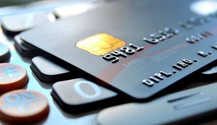 Kredi Kartı Başvurusu, Bir Finansçı