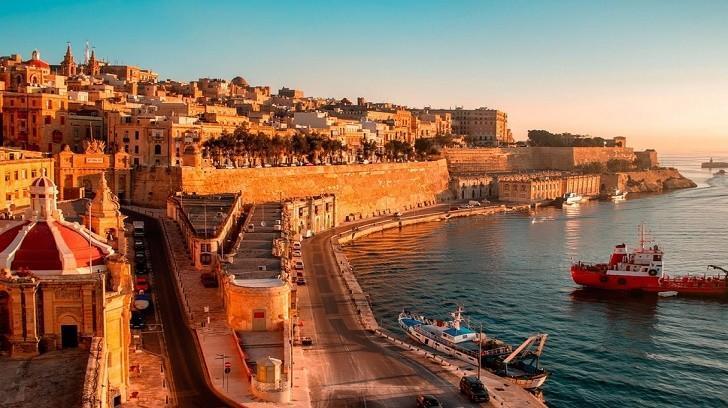 Dünyanın En Küçük 10 Ülkesinden Biri Malta, Bir Finansçı
