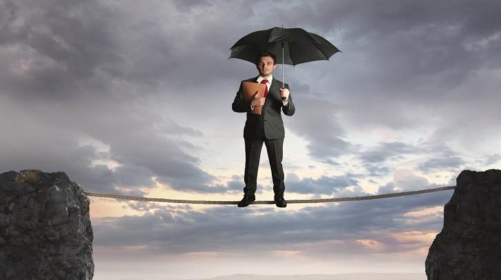 Risk İştahı Nedir? İlkeleri, Limitleri ve Yönetimi, Bir Finansçı