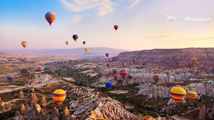 Türkiye'de Kış Balayısı, Bir Finansçı