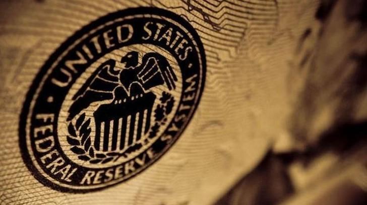 Trump, Fed'in Faiz İndirmesi Gerektiği Konusunda Israrcı, Bir Finansçı