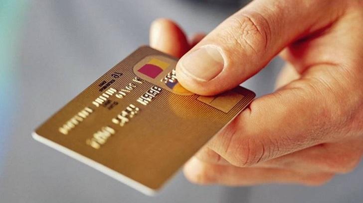 Kredi Kartı Alışverişe Neden Kapanır, Nasıl Açılır?, Bir Finansçı