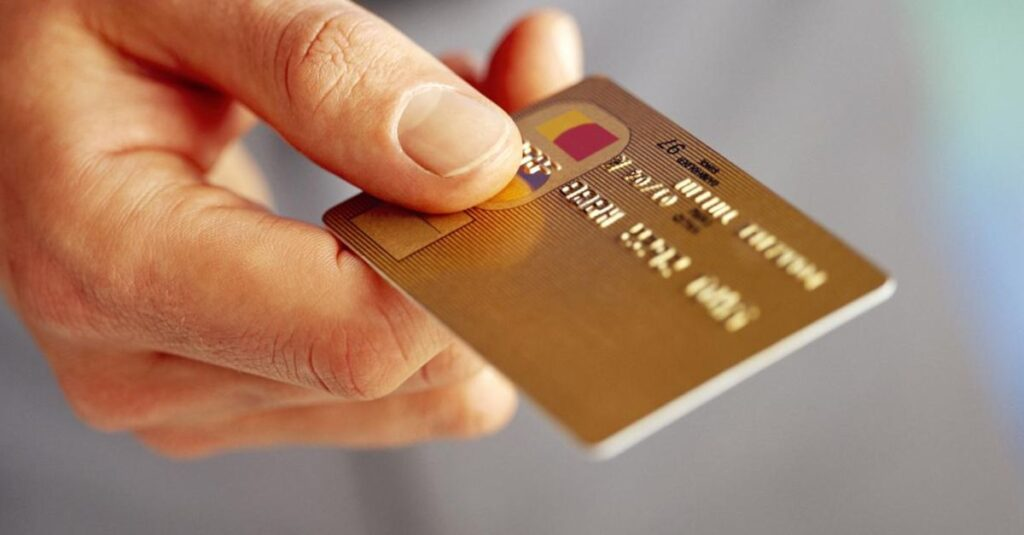 Kredi Kartı Gecikme Faizleri Düşürüldü, Bir Finansçı