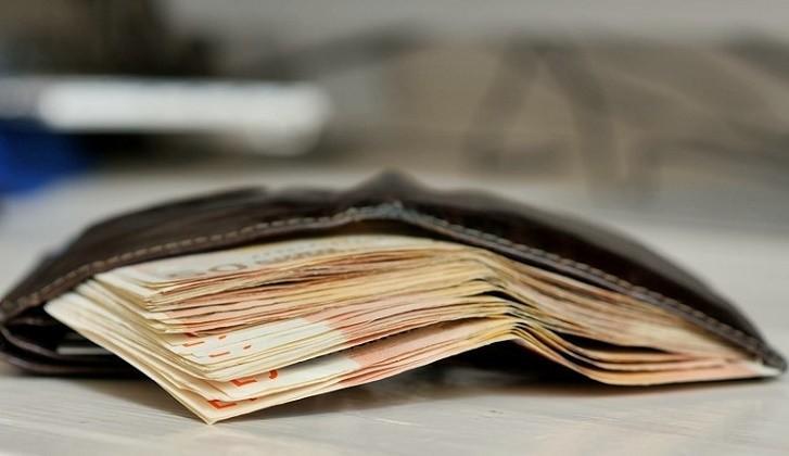 Nakit Para ve Mevduat, Bir Finansçı